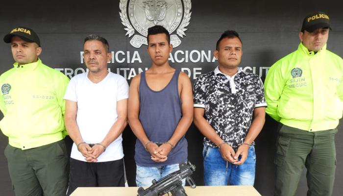 Tres capturados por porte ilegal de armas | La Opinión
