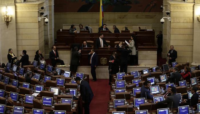 Colombia cierra campaña para segunda vuelta
