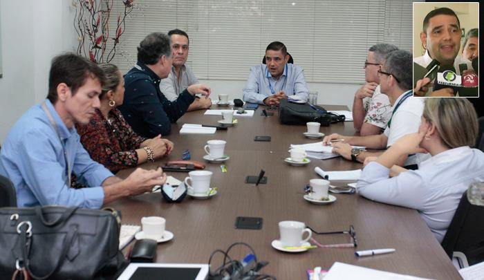 Denuncian 'asalto' de la junta en la EIS Cúcuta - La Opinión Cúcuta