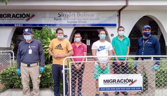 Tag 10 en El Foro Militar de Venezuela  Expulsados1