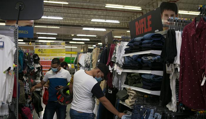 ¡Atención! Estas son las medidas para el tercer día sin IVA en Medellín